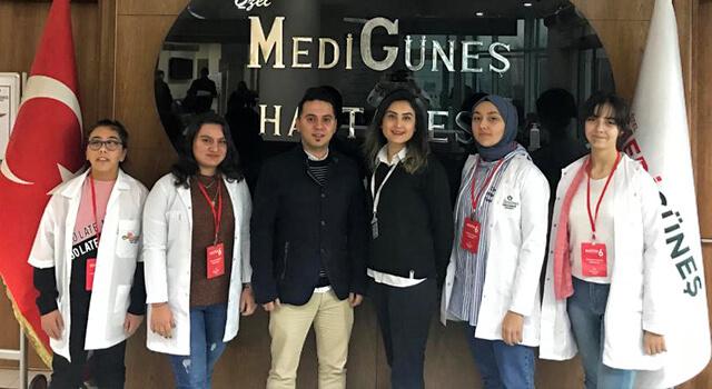 Öğrenciler kariyer yolculuğuna Medigüneş'te çıktı